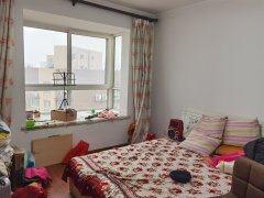 世纪大道 金泰丝路花城 两室简装部分配 1300 看房方便